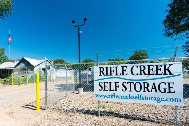 Medium rifle creek self storage 4