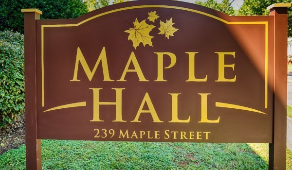Medium maple hall 1