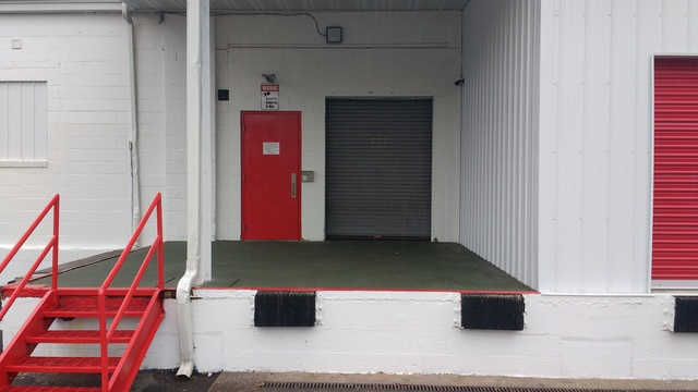 Medium entrance 1