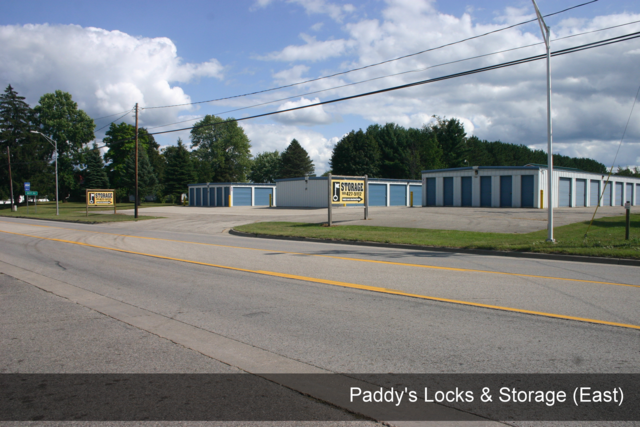 Medium paddys locks   storage east 001