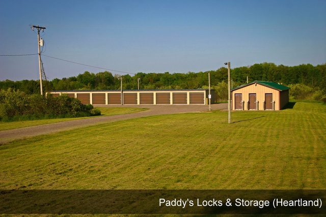 Medium paddys locks   storage heartland 002