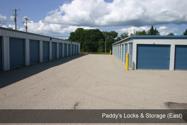 Medium paddys locks   storage east 005