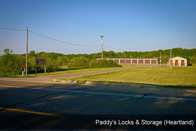Medium paddys locks   storage heartland 001