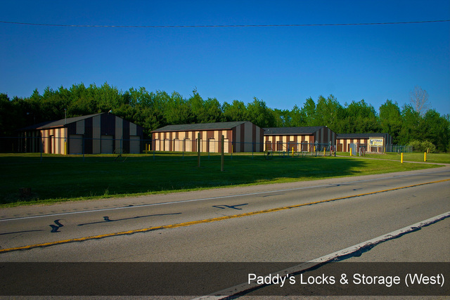 Medium paddys locks   storage west 003