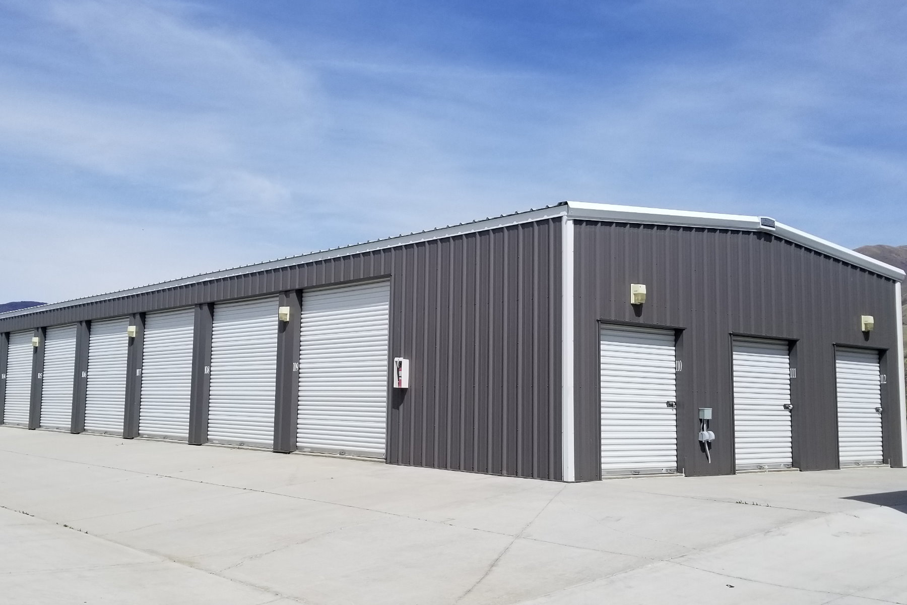 Storage Unit Building