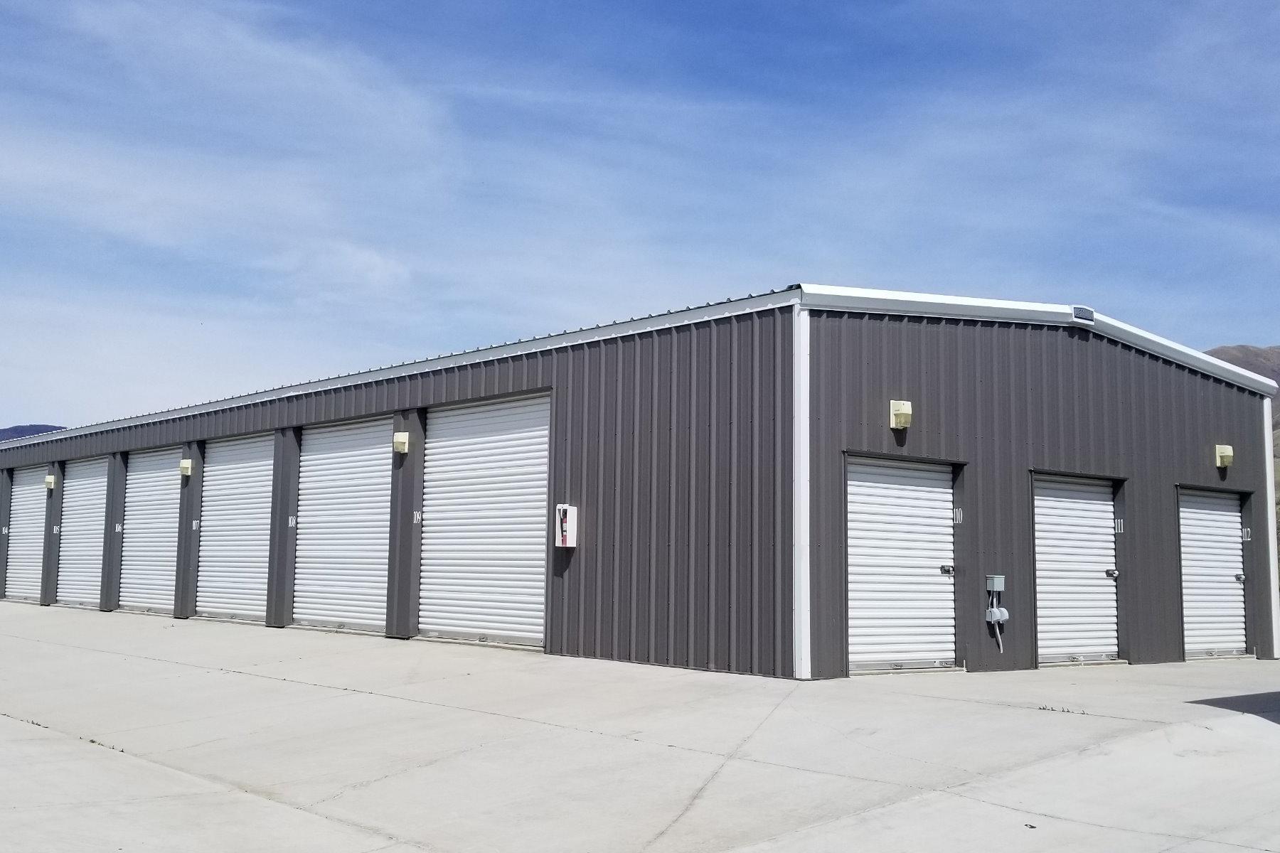 Storage Unit Building
