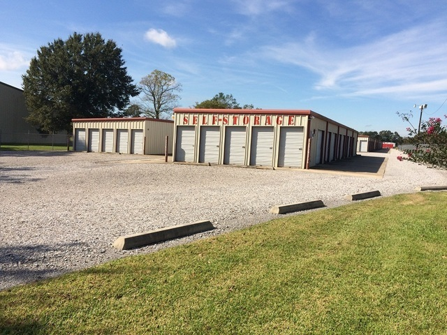 Medium gardwell self storage 4