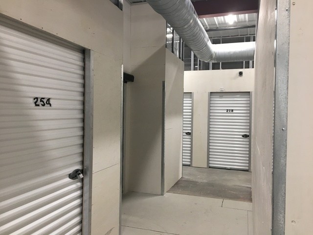 rochester indoor storage storage units in rochester mn. Black Bedroom Furniture Sets. Home Design Ideas