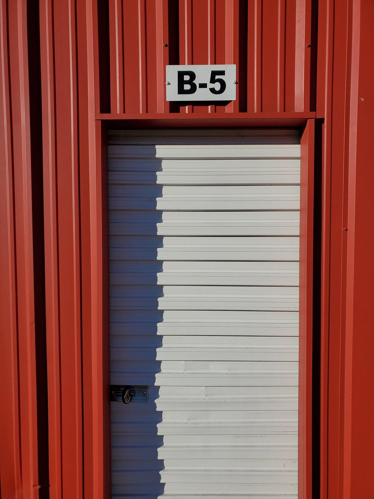 5x10 exterior