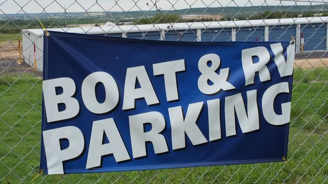 Medium boat rv sign