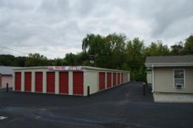 Medium highway 70 storage2